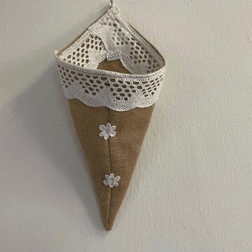 Burlap multi purpose hanger
