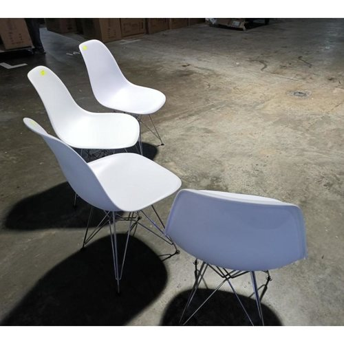 4 x RAZ Eames Designer Replica Chair with Effiel Metal Frame