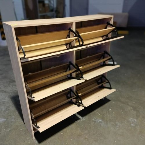RETCH Shoe Cabinet