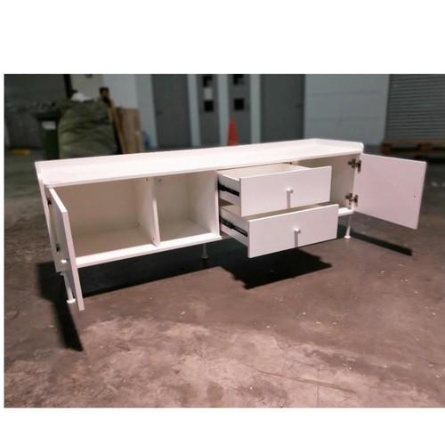 ZAKKA TV Console in WHITE