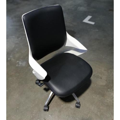 M-SUITE II LB Designer PU Office Chair