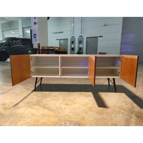 DESVIAN II Sideboard