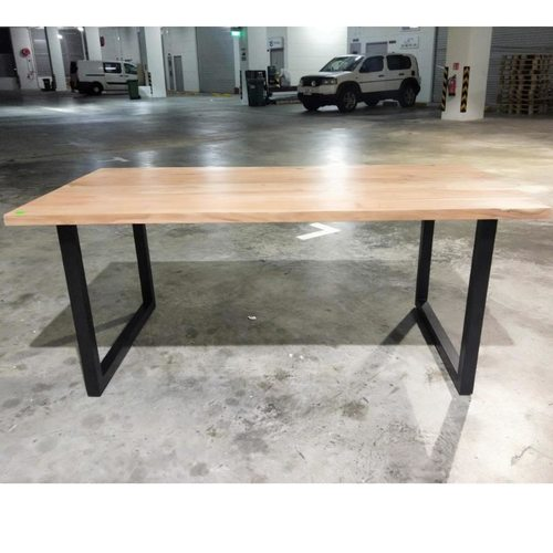 H3 INDUSTRI Series Dining Table