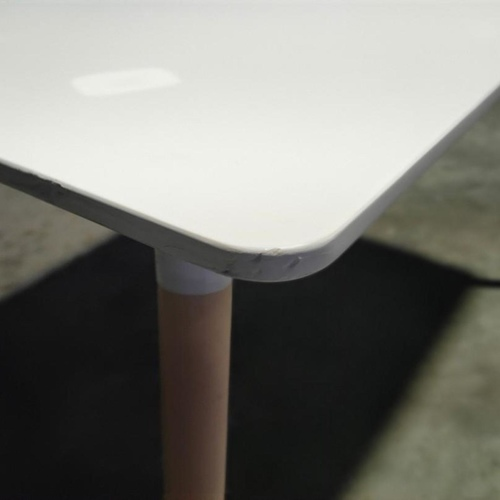 VIENNA Dining Table in WHITE (M)