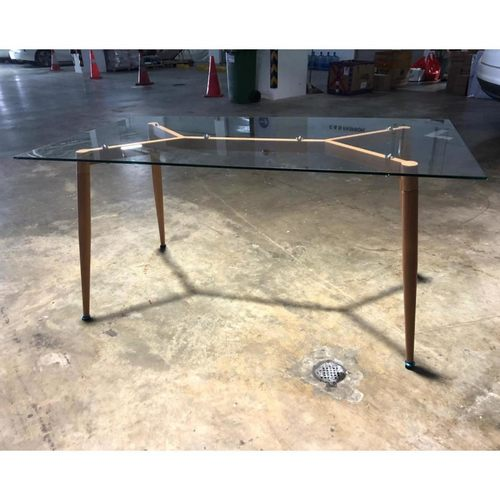KINGTON Clear Tempered Glass Dining Table