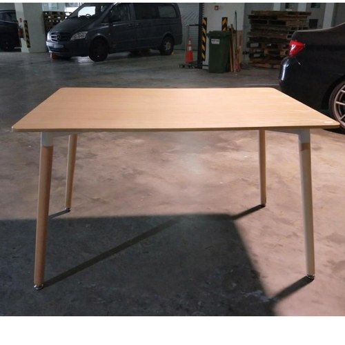 VIENNA Dining Table REG in ASH