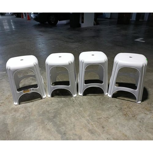 4 x MONTAVA Stackable Plastic Stools in WHITE