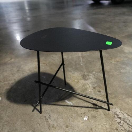 HURGEN Side Table in BLACK