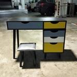 JESK Vanity Table