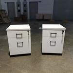 2 x KUNIEL White Pedestals