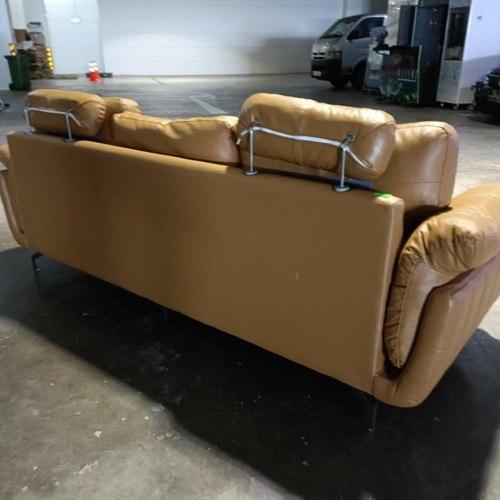 ADERNA Genuine Leather 3 Seater Sofq