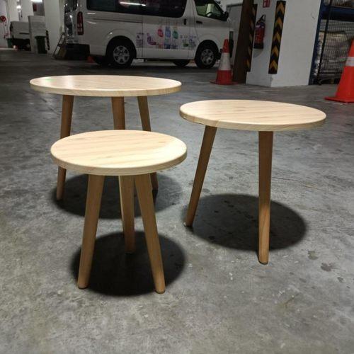 VALDAMOR Coffee Table Set in OAK