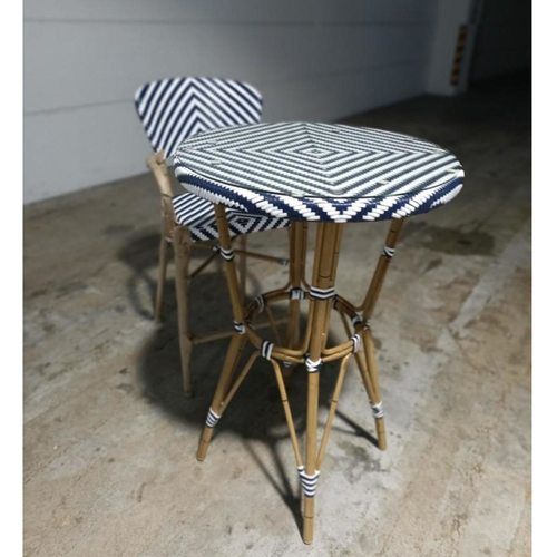 DONNA Parisian Wicker Alfresco Bar Table with one bar chair