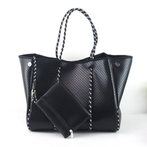 Large Essential Bag-Metallic Black