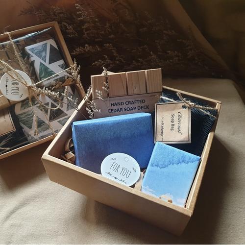 The Refresh Box - Pine Needle Eucalyptus