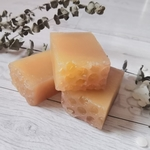 HONEY BEESWAX ROSEMARY GRAPEFRUIT HAND SOAP