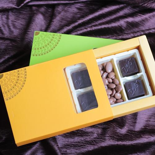 Zest Chocolate Box Classic Orange Small
