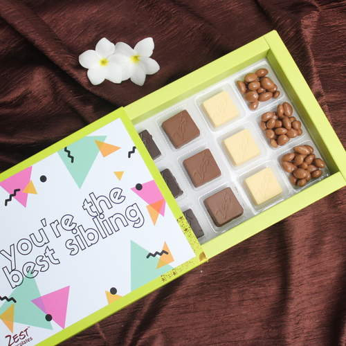 Rakhi Chocolate Box RB07