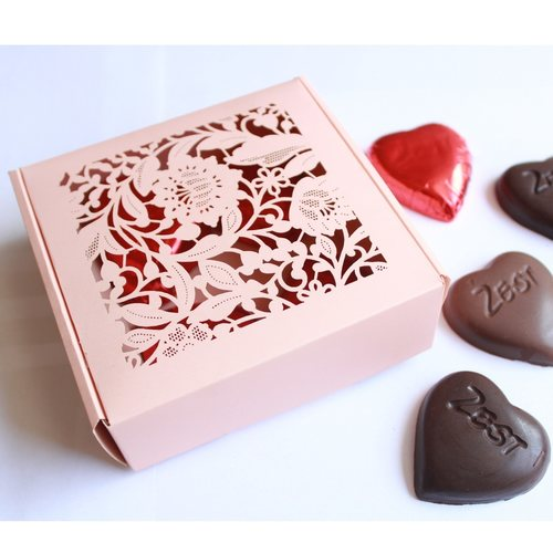 Zest Valentines small pink box 7 pcs of choc