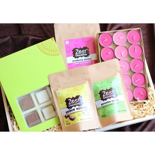Zest Chocolates and Candles Christmas Luxury Hamper