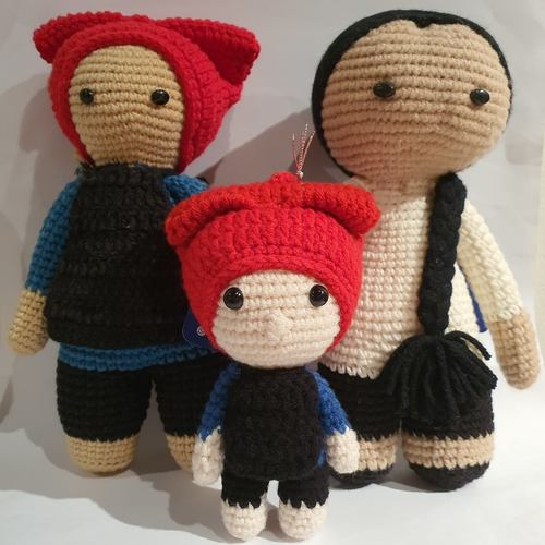 Crochet Mini Samsui Women Doll Keychain