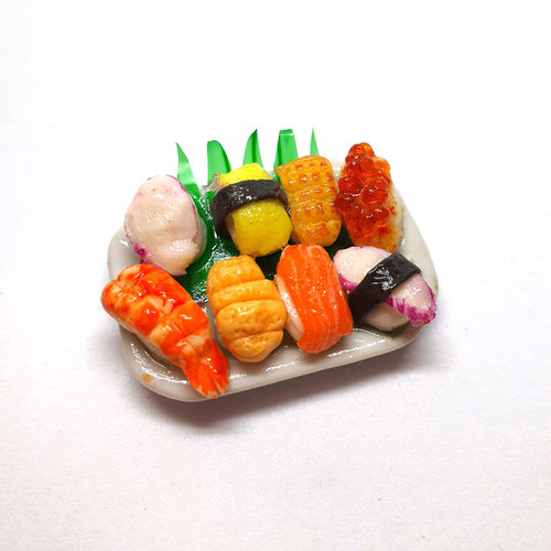 Handmade Miniature: Sushi by Madam Ang Miniature World