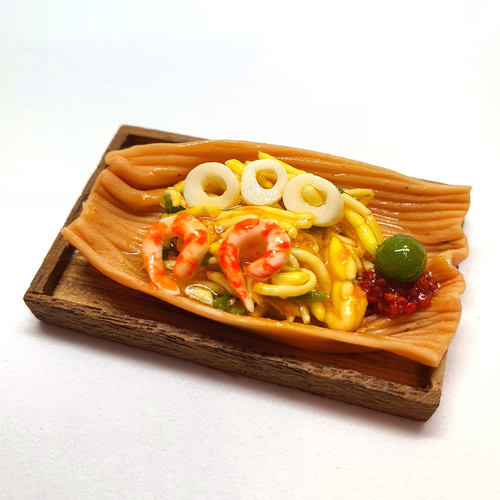 Handmade Miniature: Hokkien Prawn Noodles by Madam Ang Miniature World