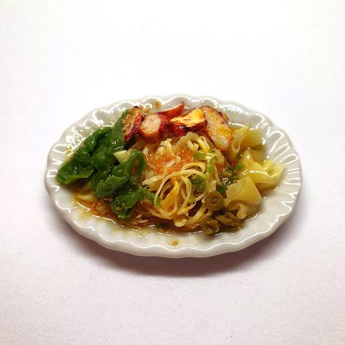 Handmade Miniature: Wanton Noodles by Madam Ang Miniature World