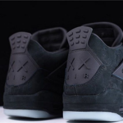Mens Shoes Nike Air Jordan 4 Retro Kaws