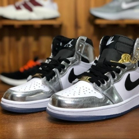 Mens Sneakers Air Jordan Retro 1 Mid Black White U