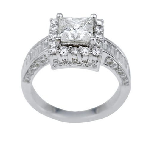 Timeless and elegant Princess diamond solitaire rings