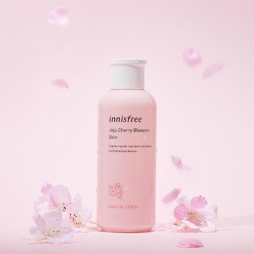 INNISFREE Jeju Cherry Blossom Skin