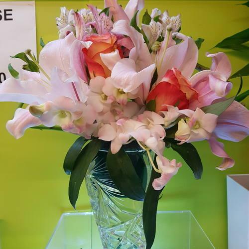 Vflowers Pink Love Arrangements