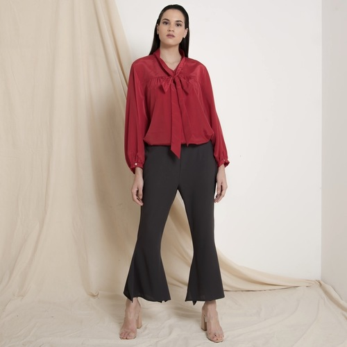 Flared slit hem crop pants