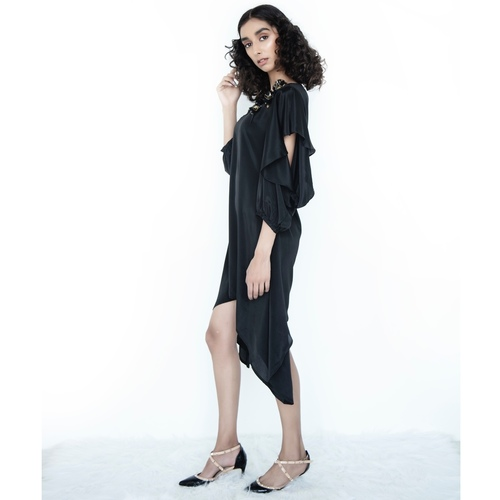 Tunic with flared open sleeves