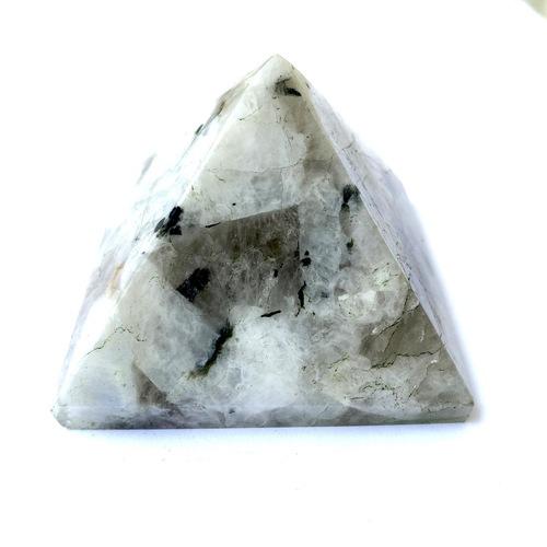 Howlite Pyramid