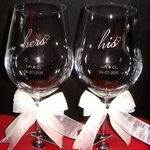 ENGRAVED PERSONALIZED His and Hers HEARTS ON CRYSTAL WINE GLASSES SMGEG-001WC