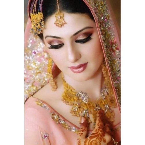 Bridal Make-up and Hair Style