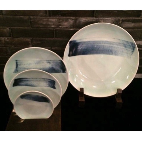 China Blue Brush Stroke Round Plate - 330mm