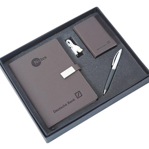 Powerbank, Pen & Notebook