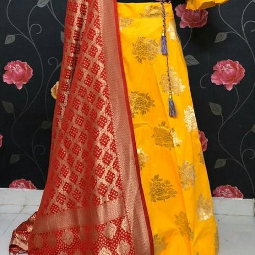 PREMIUM BANARASI LEHENGA whatsaap us for more options