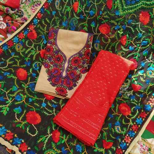 GEORGETTE HANDI CRAFT DUPATTA+KASHMIRI KURTI WITH MASTANI SET