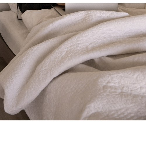 Queen-Size Bed Quilt Comforter Dry Clean