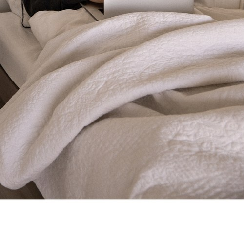Single-Size Bed Quilt Comforter Dry Clean