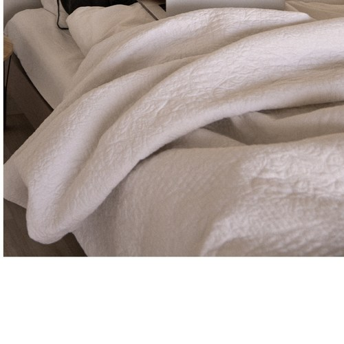 King-Size Bed Quilt Comforter Dry Clean