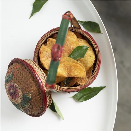 KINTRY Salted Egg Yolk Potato Crisps 85g Halal