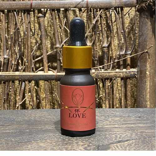 Love Essential Oil