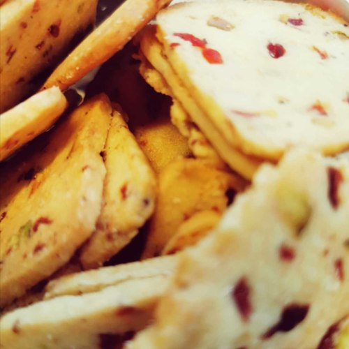 Cranberry & Pistachio Biscuit