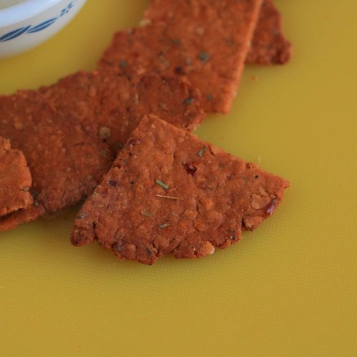 GARLIC & HERB CRACKERS 100 g