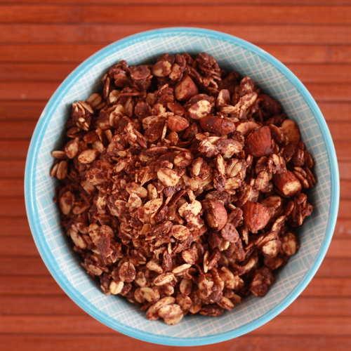 DANGEROUSLY CHOCOLATEY GRANOLA 350 G